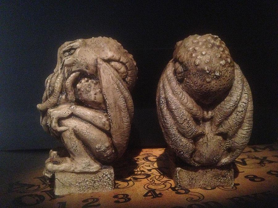 cthulhu-idol-frente-lateral